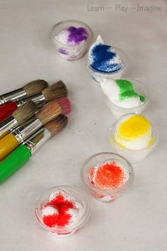 How to make textured sand paint with just two ingredients - I love quick and easy play recipes!