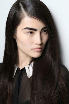 altuzarra spring, makeup, shiny hair, thick eyebrow, inspir