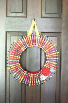 Oh so cute and whimsical! What a great way to use cheap crayons at this time of year.