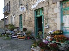 Florence Chalk Paint® decorative paint by Annie Sloan  was used to paint the Shop exterior at les Couronnes Sauvages, Plélan-le-Petit, France.