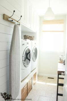 DIY Plank Wall -- Cottage Farmhouse Laundry Room Makeover @Shayna Telesmanic @ The Wood Grain Cottage
