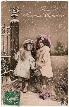 Bonne Annee, vintage photo postcard for new years!