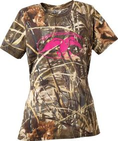 Show your appreciation for the popular Duck Dynasty reality show in this Duck Commander Women's Camo Short-Sleeve Tee Shirt. Boasts the exclusive camo pattern worn by the Robertsons. duck commander, duck dynasty