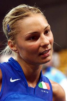 and another Italian Volleyball Hottie, Maurizia Cacciatori. Gaaaahhh
