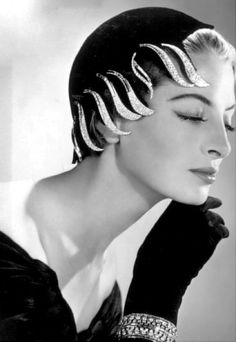 Jean Barthet #hat with #diamond clips by Van Cleef & Arpels (1954)