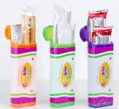 No more crumbled snacks with this Cookie Safe container