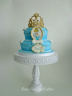 Cinderella - by loveliciouscakes @ CakesDecor.com - cake decorating website