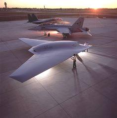 STRANGE STEALTH JETS USAF BLACK OPS - FLYING WING