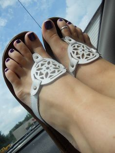 pretti feet, feet toe, nice sandal, windows, toes, sandals, toe rings, beauti feet, white sandal