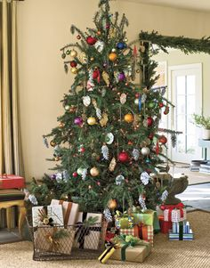 there are several trees on this site with decorating ideas
