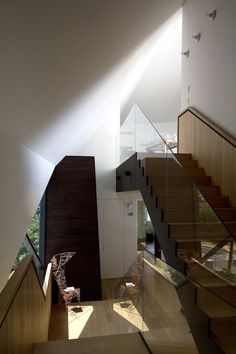 Unique Residence Ideas as Special Architecture: Beautiful Staircase Design With Glass Handle And Modern Decoration In Architectural Designs ...