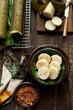 Lontong (Indonesian Rice Cake)