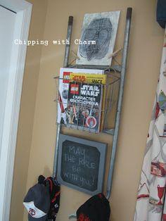 Chipping with Charm: Metal Ladder Repurposed...Hook Rack/Storage
