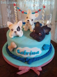 Frenchie cake! OMG for my birthday I would just flip :D only with butter cream not fondant GAG!!!