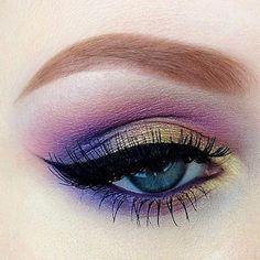 Purple & Gold Eyeshadow