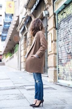 camel coat camel, fashion, outfit, casual styles, pump, black heels, jean grey, coat, street chic