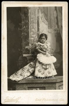 """Original c.1895-1900 cabinet card photo of Chiquita, a famous sideshow  attraction billed as """"The Living Doll"""", and the """"The Cuban Atom"""". She  was only 26 inches tall."""