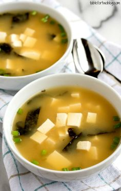 Easy 15 minute miso soup