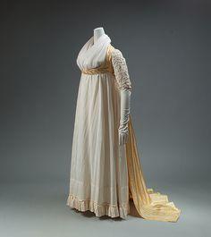 1795 Open Robe