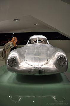 Porsche Type 64 and girl #porsche #cargirl