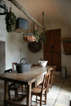 drying herbs, kitchen tables, farm tables, rustic kitchens, basket