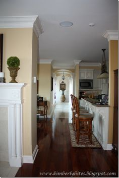 Marvelous crown molding! wall colors, kitchen crown molding, galleri, crown moldings, living room crown molding, paint colors
