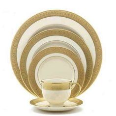 Lenox Fine China Dinnerware Westchester Accent First Introduced in 1915