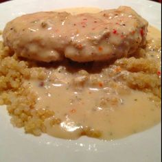 Quinoa with baked chicken with a lowfat italian cream sauce