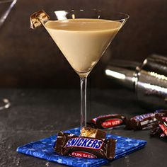 Sew Crafty Angel: Snickers Martinis from @Angel Kittiyachavalit Allen #Martini #cocktails #drink @Angel Allen