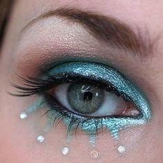 performance makeup, makeup eyes, color, blue, fairy makeup, makeup ideas, eye makeup tips, fairi, diy makeup