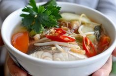 simple canh chua recipe (vietnamese sweet and sour fish soup)