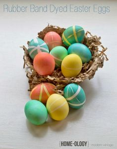 rubber band dyed easter eggs
