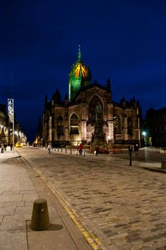 st giles' cathedral, edinburgh < The High Kirk of St Giles