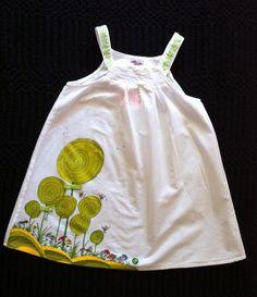 Vestido pintado a mano de www.latiendaderaquel.es