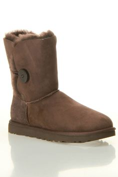 Ugg W Bailey Button Boot In Chocolate -