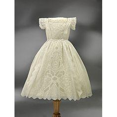 Girls Dress 1900, Made of muslin