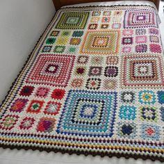 graphic design, crochet blankets, quilt, crochet granny squares, pattern, afghan, granni squar, yarn, granni blanket