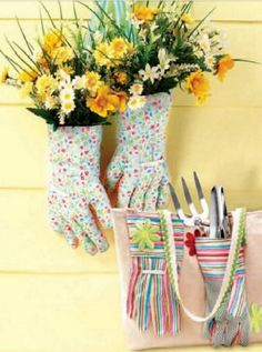 Turn old gardening gloves into neat pieces of garden decor. We love this cool upcycle project -- so fun!