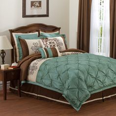 @Overstock - Abigail comforter set from Lush Decor is the definition of simple elegance. The comforter showcases abstract scroll embroidery accents for a touch of vintage charm. Pintuck details and tufted accencent