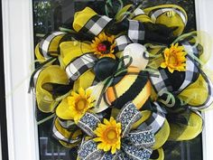 Spring and Summer Wreaths by Robin at WreathsEtc - several ideas!