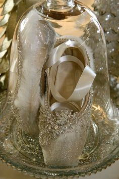 Used point shoes decorated with glitter, Swarovski crystals and vintage jewels.