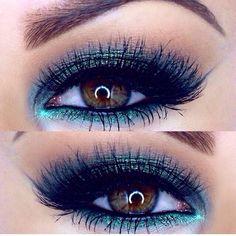 Teal Eyeshadow beauty makeup, eye makeup, fashion styles, beauti, eyemakeup, amra olev, electric blue, blues, eyes