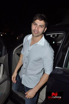 Varun Dhawan snapped at Olive with friends