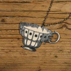 Star Teacup Necklace par mamaslittlebabies sur Etsy, $32.00