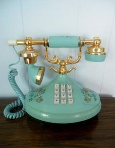OMG...best telephone ever.