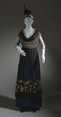 ๑ Nineteen Fourteen ๑ historical happenings, fashion, art & style from a century ago - Womans Afternoon Dress, circa 1914