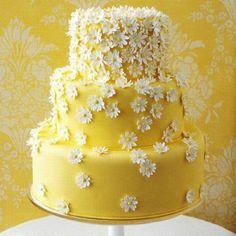 Lemon Daisey wedding cake