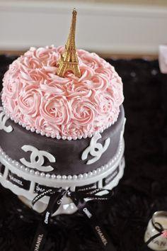 Happy Birthday Shopping Bag Cake