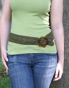 Ravelry: Soft Linen Lace Belt pattern by Amy Polcyn