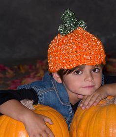 Lil' Pumpkin Hat Free Crochet Pattern from Red Heart Yarns